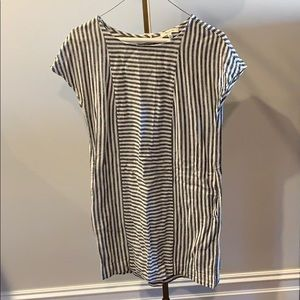 Beautiful casual dress with POCKETS!